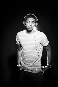 Kyrie Irving wearing Skullcandy Aviators