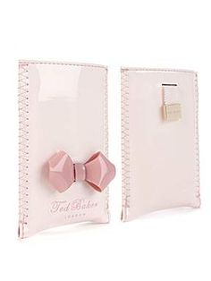 Ted Baker iPhone case must havee it😍 Ted Baker Accessories, Other Accessories, Handbag Accessories, Ipad Case, Pretty In Pink, Iphone Cases, Purses, My Style, Fashion Bags