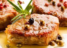 Schweinefilet mit Apfelspalten in Weinbrand Rezept Bbq Grill, Grilling, Salmon Burgers, Ethnic Recipes, Easy, Food, Food Food, Simple, Recipies