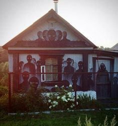 """lunaticobscurity: """" pricklylegs: """" firstfiveminutesafterdeath: """" House in rural Russia """" House in rural Russia my ass will never visit. """" then you'll never get the secret treasure """" More Pictures, Funny Pictures, Random Pictures, Meanwhile In Russia, Video Chat, Look At You, Countryside, Gazebo, Creepy"""