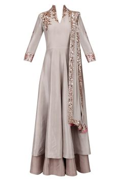Manish Malhotra presents Grey and gold badla embroidery double layered kurta set available only at Pernia's Pop Up Shop. Western Dresses, Indian Dresses, Indian Outfits, India Fashion, Hijab Fashion, Fashion Dresses, Indian Attire, Indian Wear, Layered Kurta