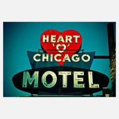 Heart Chicago Motel Old School pic Retro Advertising, Advertising Signs, Eco Design, Graphic Design, Vintage Neon Signs, Vintage Hotels, Blue Palette, Retro Images, My Kind Of Town