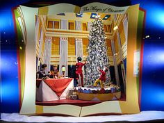 macys_holiday_windows_4 Store Displays, Window Displays, New York Christmas, Christmas Windows, Store Windows, Visual Merchandising, Go Shopping, Traditional, Interior