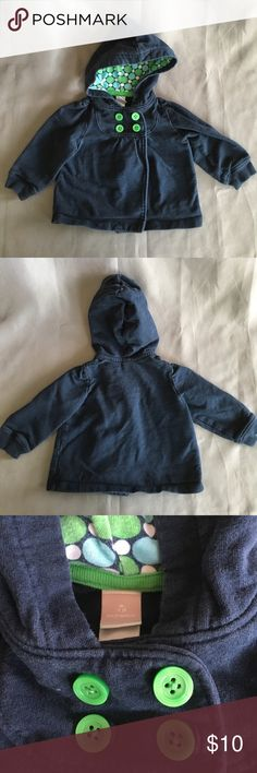 💰💰5 for $20 Old Navy Blue and Green Sweatshirt Old Navy blue and green sweatshirt. Gently worn. The blue is a little faded.   💰💰💰💰💰 You can bundle any 5 or more kids listings with 💰💰5 for $20 and make an offer. This makes all listing $4 each. If you want more then 5 listings please make the appropriate offer. I am willing to mix and match non sale listings with sale listings as well. Please ask questions. Thank you. Old Navy Shirts & Tops Sweatshirts & Hoodies
