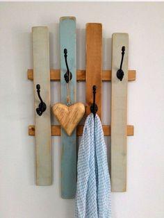 Coat Rack, repurposed wood, OOAK - All For Home İdeas Towel Organization, Entryway Organization, Buzzfeed Diy, Desks For Small Spaces, Baby Room Diy, Repurposed Wood, Old Pallets, Pallet Furniture, Pipe Furniture