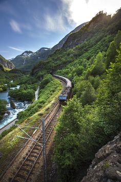 Photo Flåm Railway par Andrew Cawa on 500px