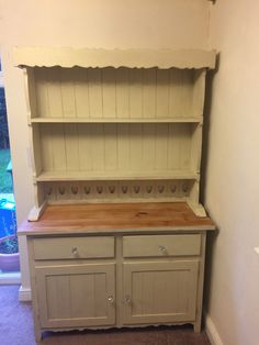 Shabby chic dresser with Annie Sloan Old Ochre.