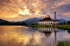 Beautiful Pictures of Masjids - Amazing Photos of Mosques in the World