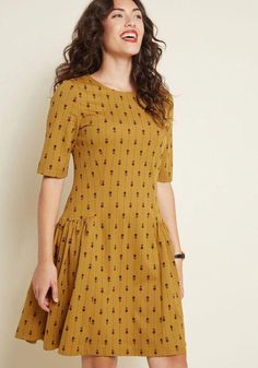 Fun Comes First Floral Dress in S - Drop Waist Knee Length Simple Dresses, Casual Dresses, Casual Outfits, Fashion Dresses, Short Sleeve Dresses, Summer Dresses, Maxi Dresses, Short Frocks, Mustard Dressing