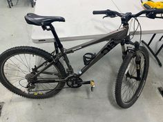 The Redwood City Police Department has recovered this found bike. If you believe it is yours, please contact Property at 650-780-7177 and reference Case # R21-02-0085. Thank You! The Agency, Police, Bicycle, Bike, Bicycle Kick, Bicycles, Law Enforcement