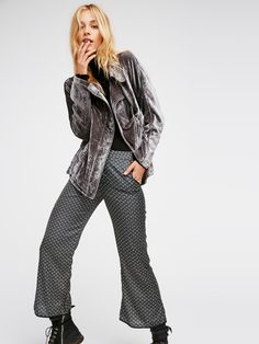 Willow Blazer | Romantic velvet blazer featuring a simple silhouette and side pockets. Front zipper closure with hidden magnetic closures throughout. Lined inner with cool strap details to carry the look effortlessly on your back.
