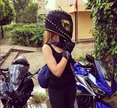 Spiked Motorcycle Helmet by nesli-g-avci Womens Motorcycle Helmets, Custom Motorcycle Helmets, Motorcycle Outfit, Motorcycle Girls, Harley Davidson Wheels, Helmet Paint, Motorbike Girl, Helmet Design, Cool Motorcycles