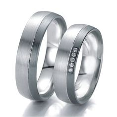 The most beautiful wedding rings are available in the wedding ring lounge at Exclusiv-Brautmoden i . Ring Ring, Black And White Rings, Black White, Or Noir, Beautiful Wedding Rings, Red Gold, Wedding Bands, Jewelery, Most Beautiful
