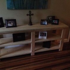 Check out this project on RYOBI Nation - Project not completely done. Was going to stain it.  Everything worked nicely, measurements were precise.  Nice project and fit our foyer well