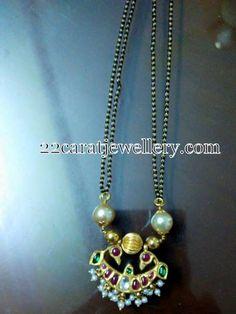 Black Beads Set Kundan Pendant
