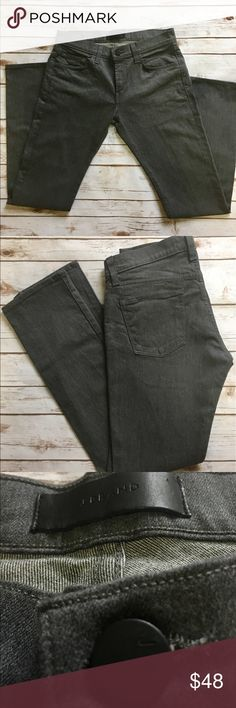 J. Brand - Kane - Slim Straight Denim Trousers J. Brand - Men's (Kane) Slim Straight Indigo Trousers. 98% Cotton/ 2% Elastane (32x34). In impeccable preowned condition. Please be sure to check out all of my other men's items to bundle and save. Same day or next business day shipping is guaranteed. Reasonable offers will be considered. J. Brand Pants