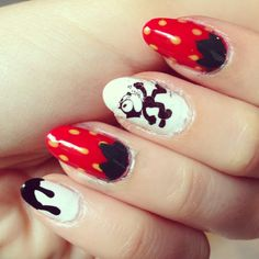 Strawberry, black and white drips, and Felix the cat nails! Nail art