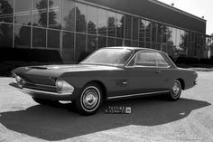 1962 Concept Mustang: Ford didn't send this design to production.  Shows a def Avanti influence.