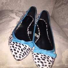 Pock a dot flats These fun girly flats are classic and stylish. They have a point at the end to give that classic Audrey Hepburn type style. Hardly used, practically brand new Xhilaration Shoes Flats & Loafers