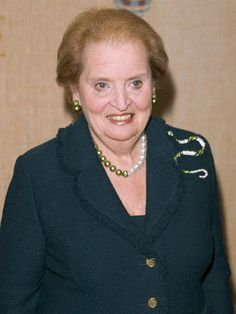 Madeleine Albright, Knox College