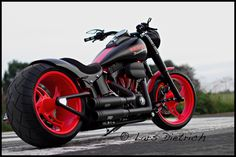 RED CUSTOM HARLEY