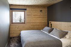 Gallery of Mountain House / Studio Razavi architecture - 20
