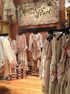 Rhoooooooo dream shopping!  Rhoooooooo magasin de rêve! shabby chic inspiration sewing french antique