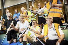 Holdsport får pulsen op hos de ældre