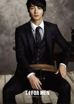Yoon Shi Yoon Korean actor다모아카지노 http://zero1.kro.kr/강원랜드카지노다모아카지노 http://zero1.kro.kr/강원랜드카지노