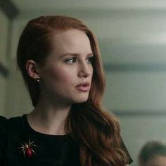 Read story Metadinhas by SweetUranium (ma bella Izabella) with reads. Best Couple Pictures, Share Icon, Matching Wallpaper, Riverdale Cast, Cheryl Blossom, Couple Wallpaper, Couples Images, Over Dose, Matching Icons