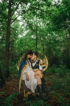Bohemian Southwestern Wedding Inspiration in the Forest | April and Paul Photography