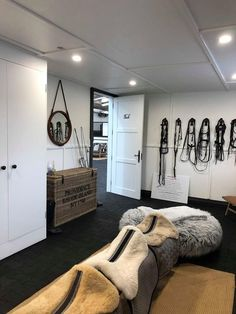 A Luxurious Black & White Barn in Australia – STABLE STYLE You are in the right place about tidy up ideas Here we offer you the most beautiful pictures about … Horse Tack Rooms, Horse Stables, Horse Farms, Horse Horse, Equestrian Chic, Equestrian Problems, Horse Barn Plans, Horse Barn Decor, Horse Barn Designs