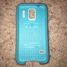 Galaxy 5 otterbox teal and blue Has a scratch on the back other than that still has plenty of life in it. No longer using because I switched to iPhone. OtterBox Accessories Phone Cases