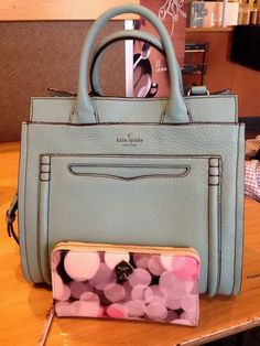 2016 Womens Fashion Style, Let The Fashion Dream With Kate Spade Outlet At A Discount! Press Picture Link Get It Immediately! Not Long Time For Cheapest. Sac Kate Spade, Kate Spade Totes, Kate Spade Handbags, Handbags Online, Handbags On Sale, Purses And Handbags, Kate Spade Outlet, Fashion Bags, Womens Fashion