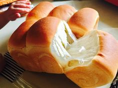 鮮奶葡萄乾吐司 Asian Bread Recipe, Soft Bread Recipe, Japanese Bread, Bread Maker Recipes, Bread Bun, Instant Yeast, Bread And Pastries, Recipe Using, Hot Dog Buns