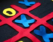 Travel Game - Tic Tac Toe with felt board and storage pocket - Quiet Toy - Easter Basket