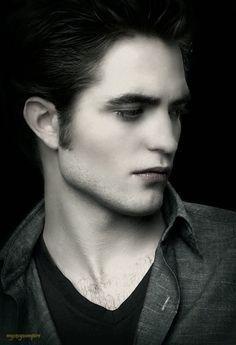 Robert Pattinson as Edward Cullen in The Twilight Saga. Twilight Film, Vampire Twilight, Twilight Edward, Edward Bella, Twilight New Moon, Robert Pattinson Twilight, Edward Cullen Robert Pattinson, Ec 3, Robert Douglas