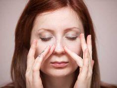 18 нестандартных идей применения бальзама для губ