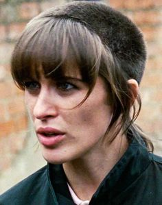 Vicky McClure as Lol ('This is England') Skinhead Girl, Skinhead Fashion, Skinhead Haircut, This Is England Film, Hair Inspo, Hair Inspiration, Shane Meadows, Chelsea Cut, Vogue