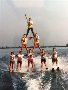 Piramide a tre piani dello Sci Nautico Albarella 1985