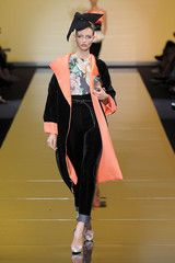 Giambattista Valli Fall 2011 Runway Pictures - StyleBistro