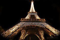 The glitzing glory of Eiffel Tower.