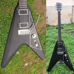 Dunable Guitars - V with trem