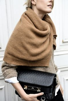 Minimalist fashion tips: The art of layering - The Lifestyle Files Style Work, Mode Style, Style Me, Layering Style, Fashion Mode, Look Fashion, Fashion Tips, Fashion Trends, Fashion Hacks