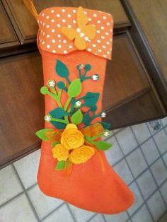 #madeinfacebook #lemaddine #handmade #handmadeinitaly #handcrafted #sock #epiphany #christmas #filidistelledinerypennisi @nerypennisi  #embroidery #sewing