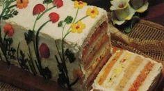 Voici ledit pain sandwich en question! Vive les années 70 et les fleurs en radis!