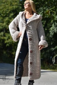 Diy Crafts - On request Hand knit long chunky wool blend hooded cardigan in oatmeal Knitted Coat, Mohair Sweater, Sweater Coats, Hooded Cardigan, Cardigan Pattern, Knit Cardigan, Long Sweaters, Sweaters For Women, Gros Pull Mohair