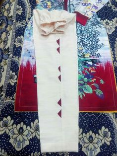 Simple Kurta Designs, Kurta Designs Women, Fancy Dress Design, Stylish Dress Designs, Designer Party Wear Dresses, Kurti Designs Party Wear, Pakistani Dresses Casual, Pakistani Dress Design, Poncho Design