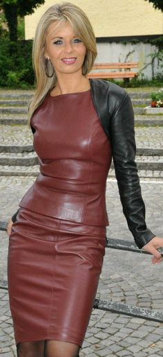 This model has a 2 piece leather vest and leather skirt outfit with a separate black cropped belero top to cover her arms and add color contrast. Sexy Outfits, Sexy Dresses, Fashion Outfits, Womens Fashion, Leather Dresses, Leather Skirt, Leather Vest, Black Leather, Style Feminin