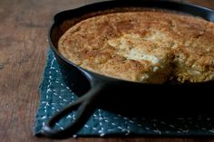Quinoa Skillet Bread Recipe_A rustic, minimally structured, custard-topped, crusty-edged, herb-scented corn-quinoa skillet bread. Good Food, Yummy Food, Tasty, Skillet Bread, Skillet Cornbread, Biscuits, Brunch, How To Cook Quinoa, Cooked Quinoa